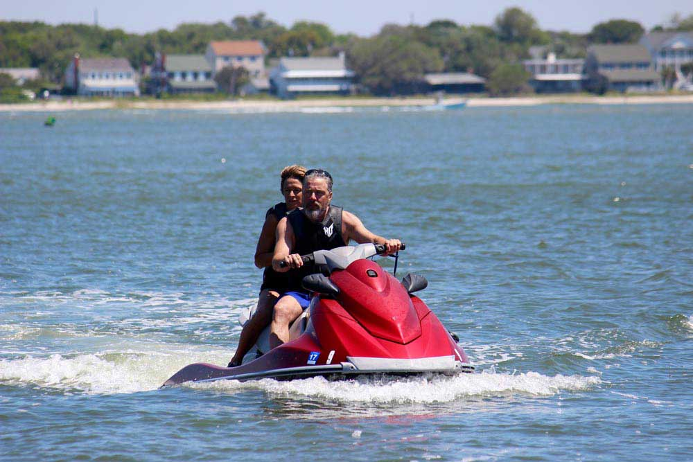 Rental rates for Jet Skis, Pontoon Boats, Kayaks, and